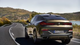 BMW X6 exteriores 15