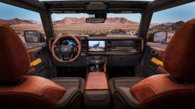 Bronco 2dr Interior 01