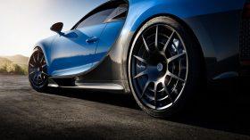bugatti chiron pur sport (12)
