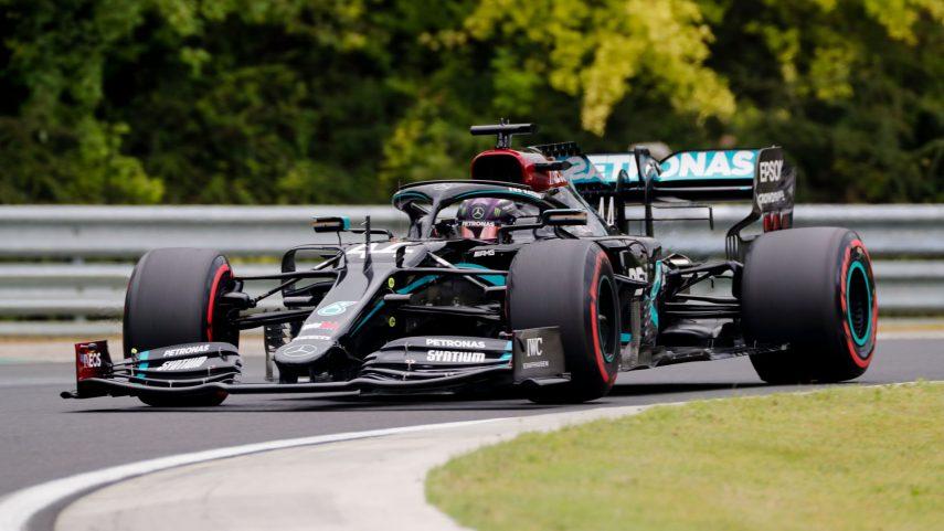 Mercedes vuela en la sesión clasificatoria del GP de Hungría