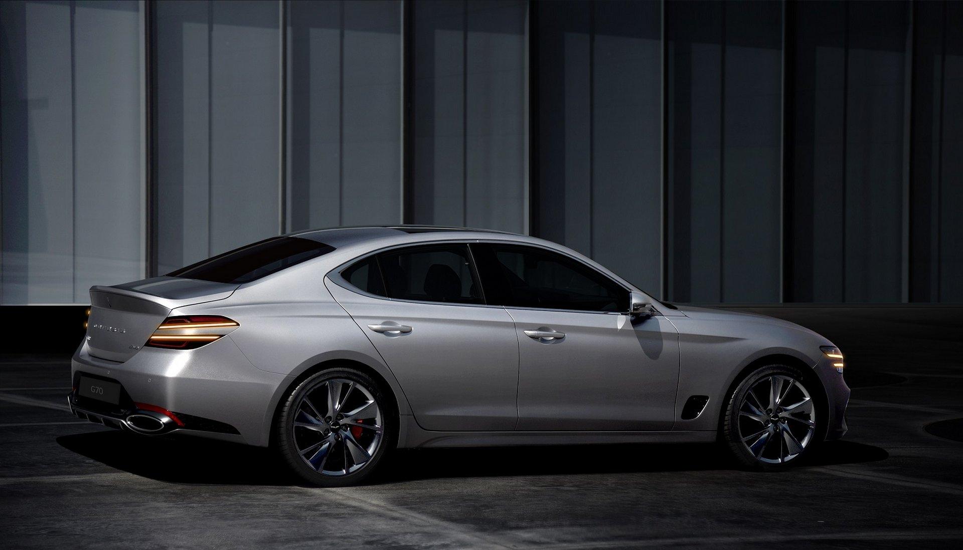 Hyundai Genesis G70 2020 01