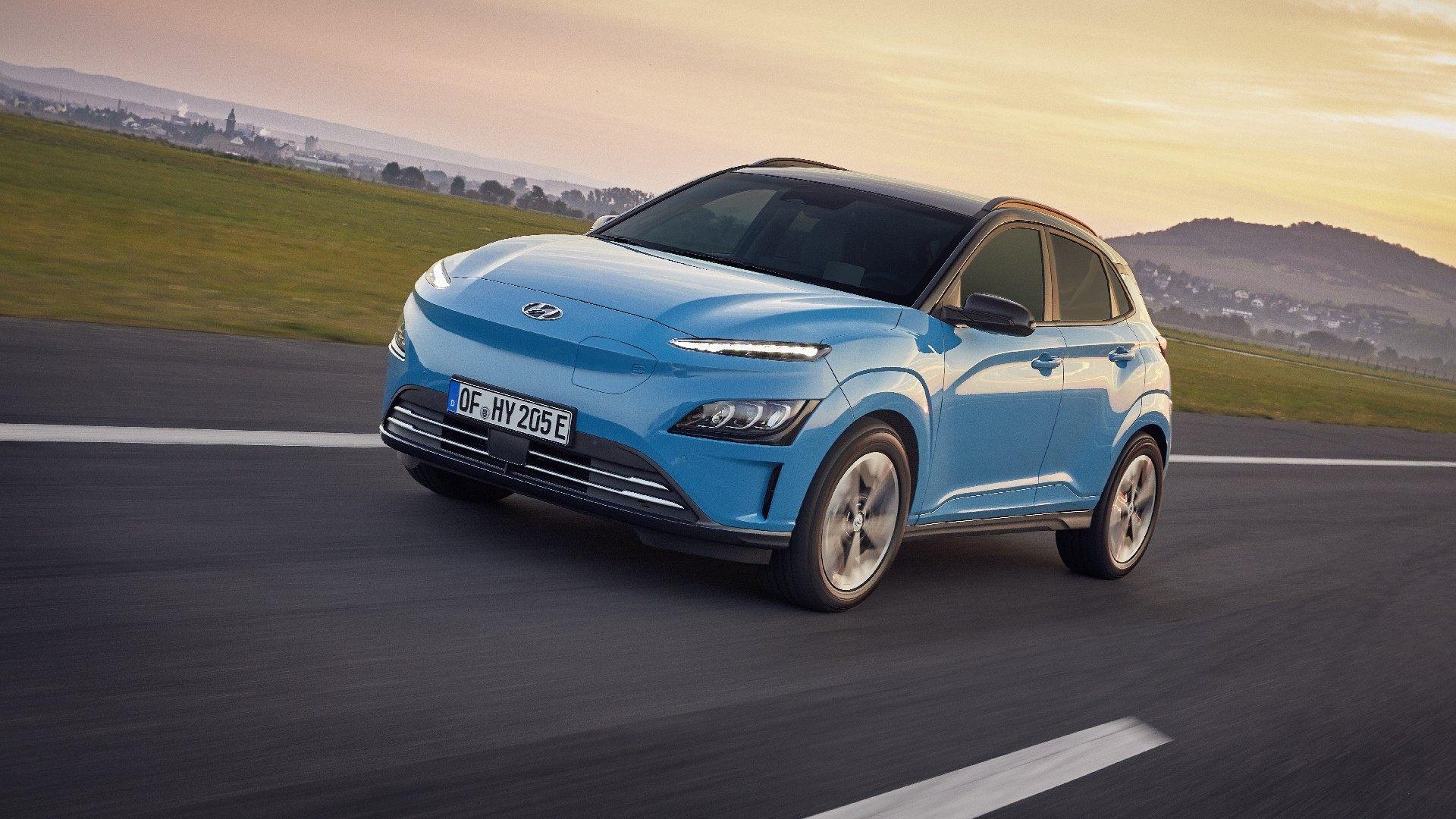 El Hyundai Kona Electric también recibe el restyling visto en el resto de la gama