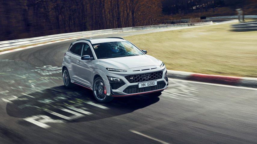 El Hyundai Kona N ya está listo y se destapa por completo