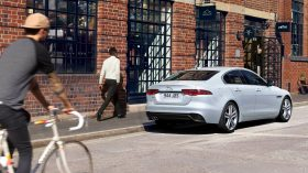 Jaguar XE 2020 05