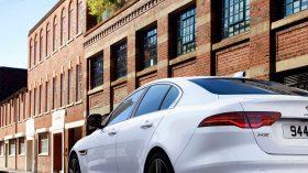 Jaguar XE 2020 07