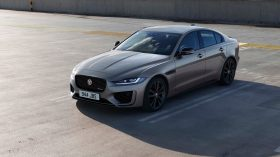 Jaguar XE 2020 13