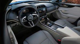 Jaguar XE 2020 22