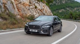 jaguar xf 2021 (12)