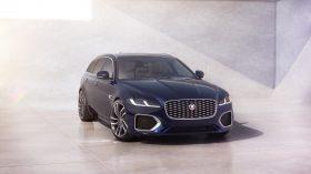 jaguar xf 2021 (18)