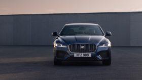 jaguar xf 2021 (6)