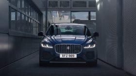 jaguar xf 2021 (7)