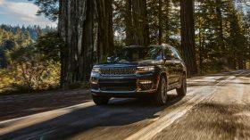 jeep grand cherokee l summit 2021 (5)