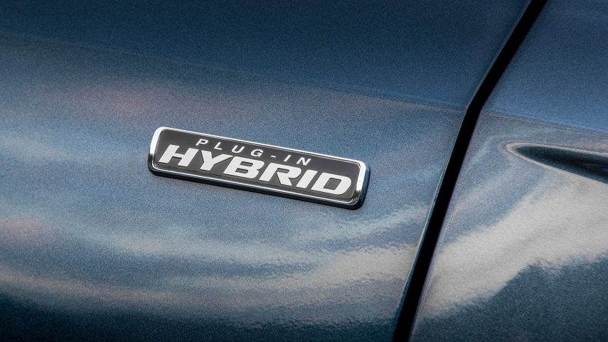 Kuga ST Line X Plug In Hybrid (14)