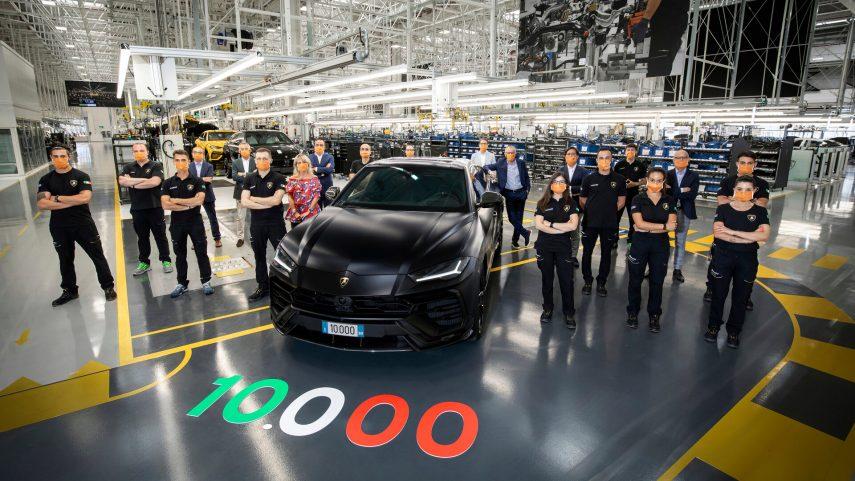 Lamborghini celebra los 10.000 Urus fabricados en dos años