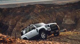 land rover defender 2020 (31)