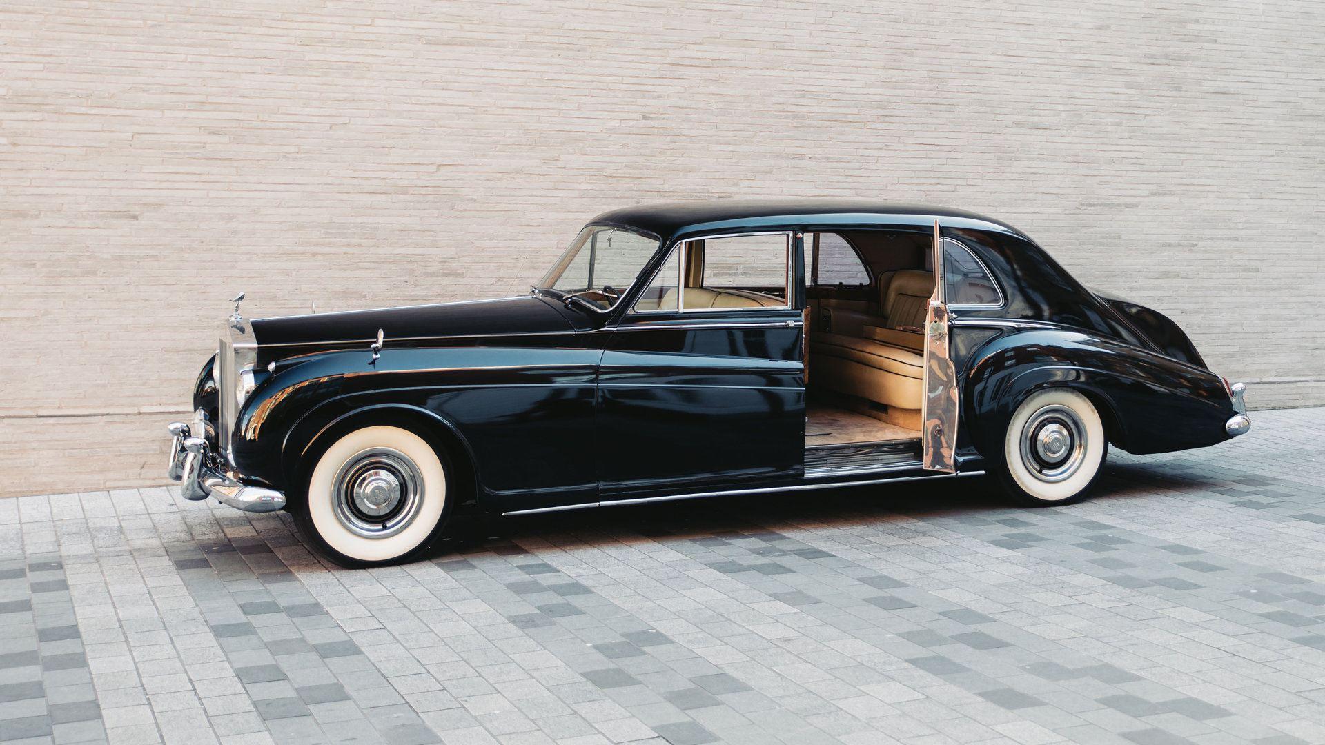 Lunaz Rolls Royce Phantom V 1