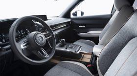 Mazda MX 30 2019 26
