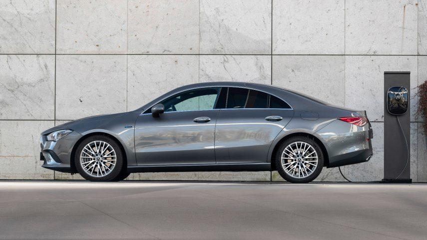 Ya están disponibles los Mercedes CLA 250e y CLA 250e Shooting Brake