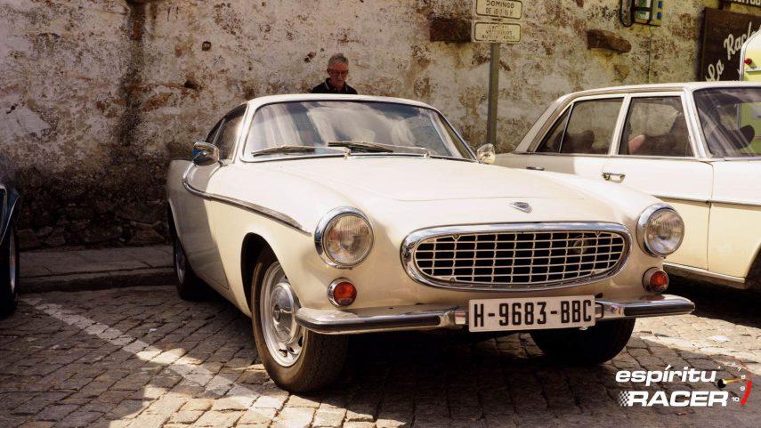 Los vehículos históricos pueden (y podrán) circular y estacionar en Madrid
