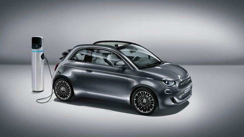 Nuevo FIAT 500, super conectado y eléctrico
