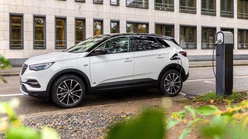 Nuevo Opel Grandland X hybrid, ahora también como 4×2