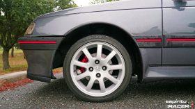 Peugeot 508 GT Hybrid vs Peugeot 405 Mi16 48