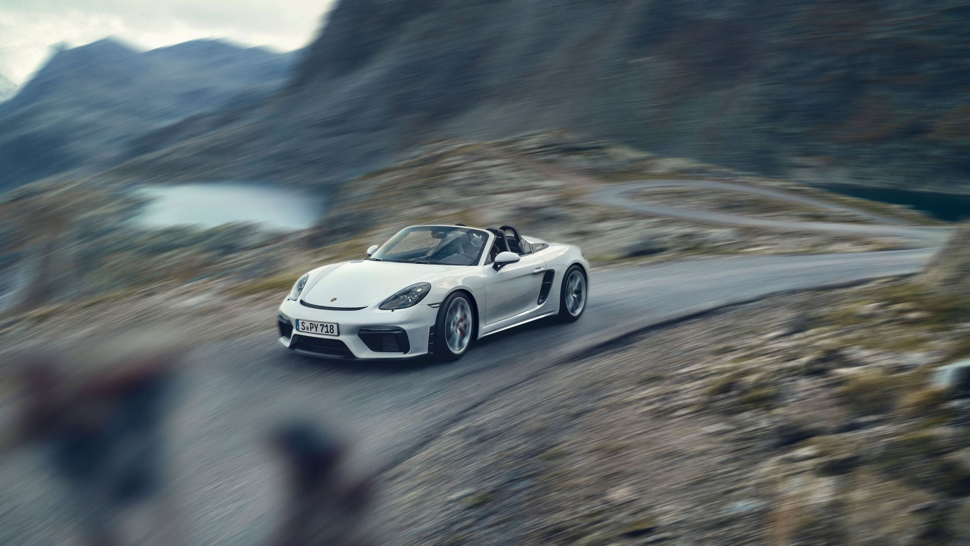 Porsche 718 Spyder 2019 1