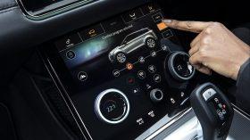 Range Rover Evoque PHEV 2020 13
