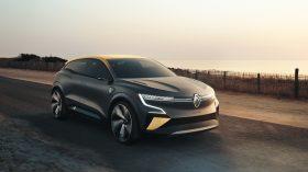 Renault Mgane eVision (15)