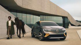 Renault Mgane eVision (8)