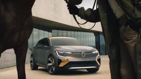 Renault Mgane eVision (9)