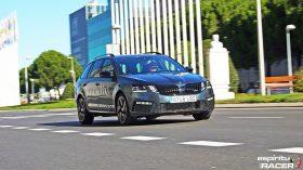 Skoda Octavia Combi RS 2019 dinamicas 4