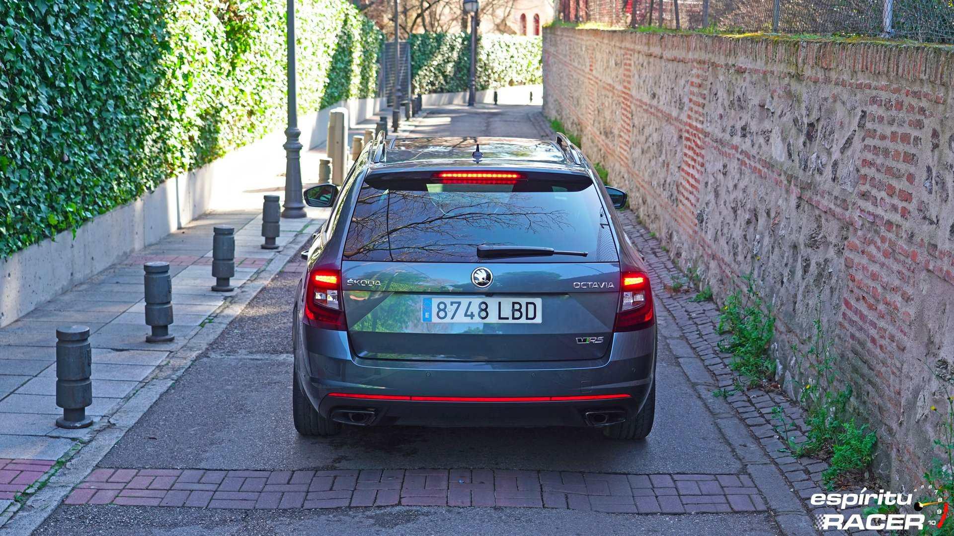 Skoda Octavia Combi RS 2019 estaticas 18