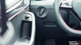Skoda Octavia Combi RS 2019 interior 07