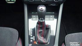 Skoda Octavia Combi RS 2019 interior 11