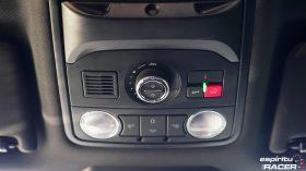 Skoda Octavia Combi RS 2019 interior 29