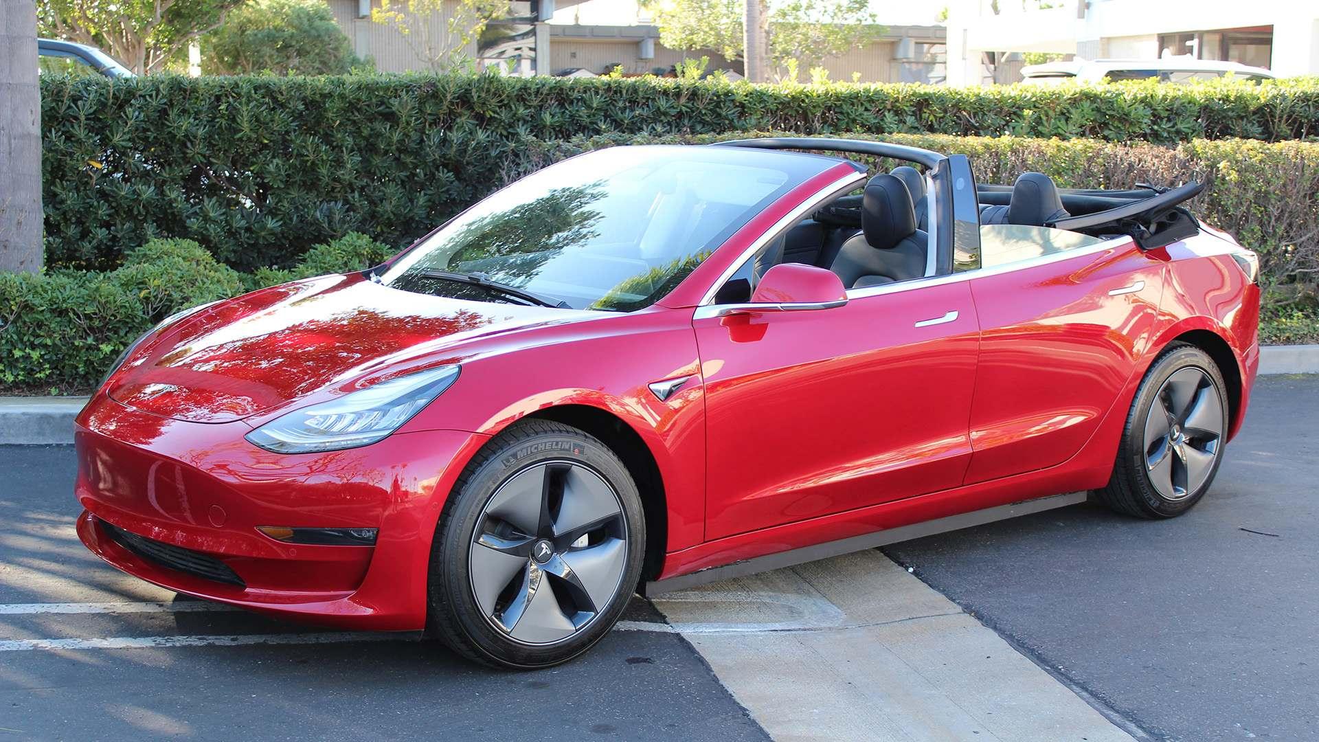 Una empresa de EEUU ofrece la conversión del Tesla Model 3 en descapotable