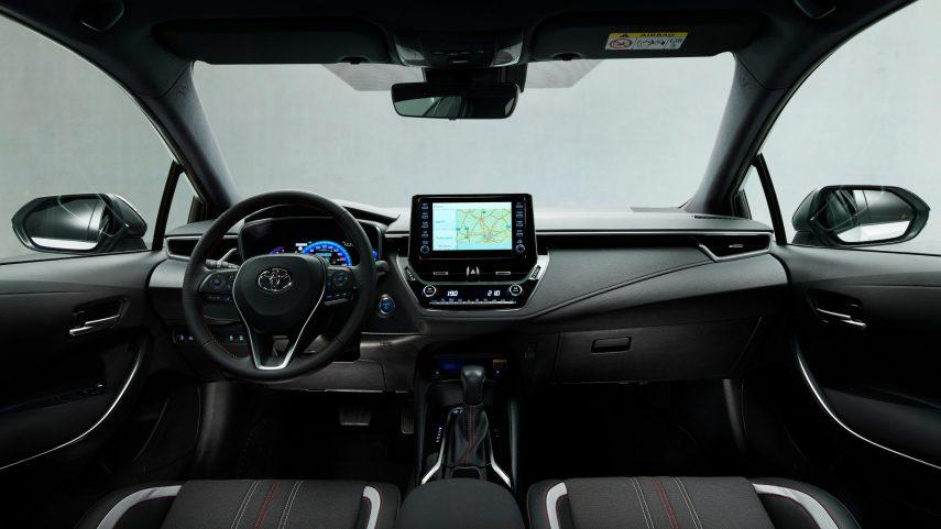 toyota corolla hybrid sedan gr sport (8)
