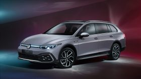 Volkswagen Golf Alltrack 2020 02