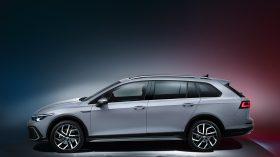 Volkswagen Golf Alltrack 2020 03