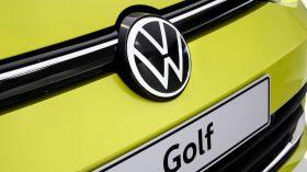 Volkswagen Golf VIII 13