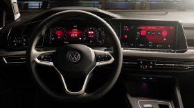 Volkswagen Golf VIII 24
