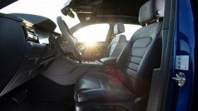 volkswagen touareg r plug in hybrid (47)