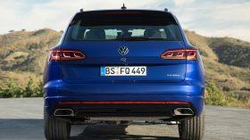 volkswagen touareg r plug in hybrid (8)