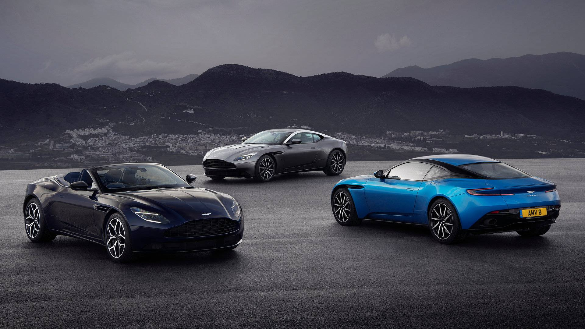 Aston Martin DB11 y DB11 Volante