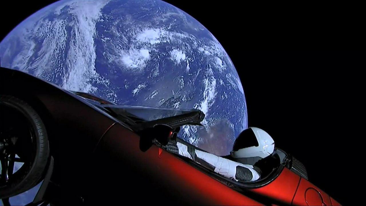 """El Tesla Roadster de Elon Musk es captado por un radar de la M-40 a velocidad """"ridícula"""""""