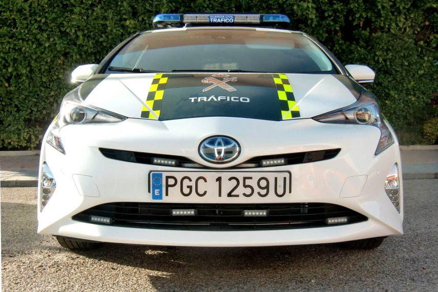 El Toyota Prius se pone el tricornio para apatrullar las carreteras