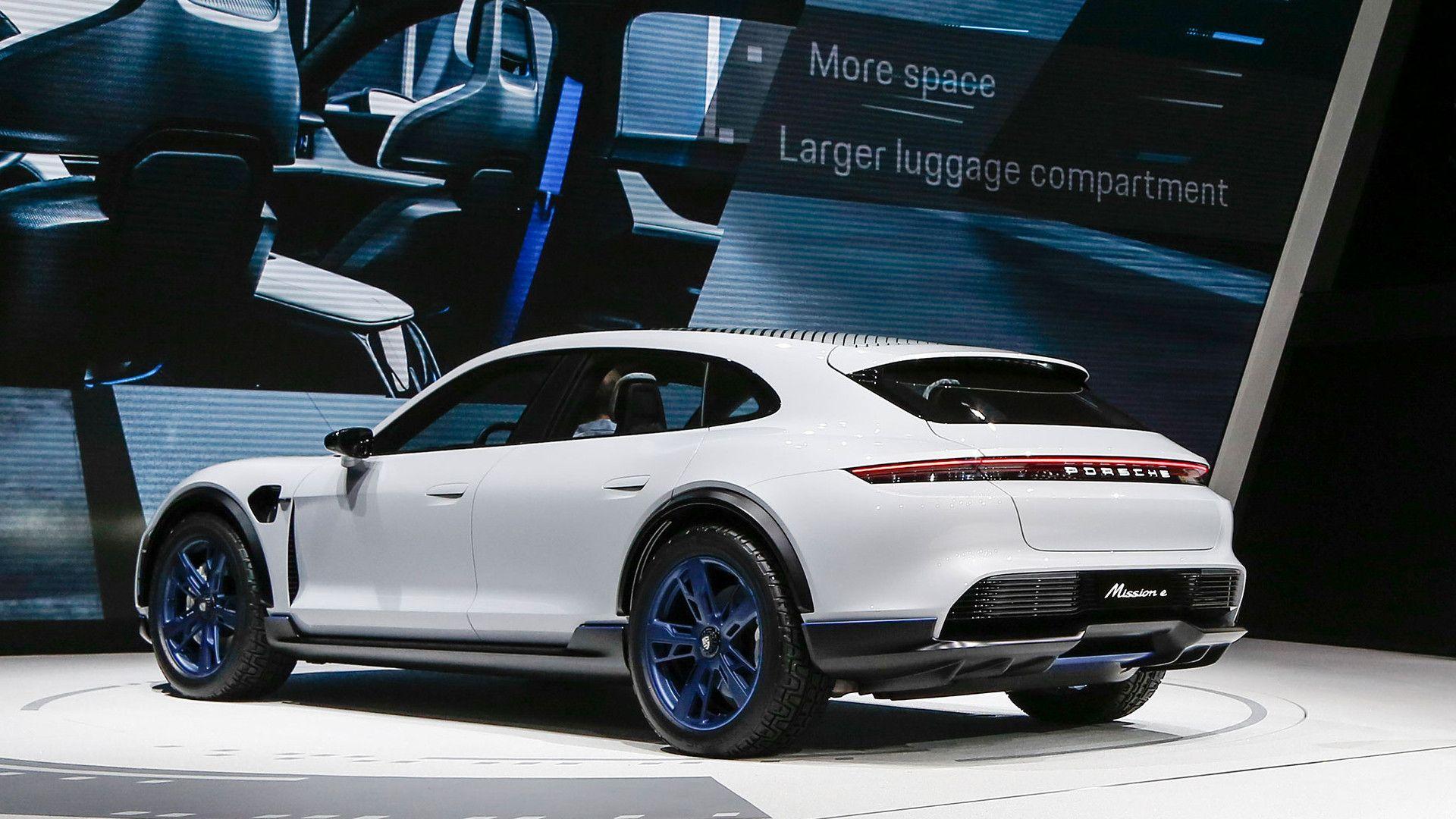 Porsche presenta en Ginebra el Mission E Cross Turismo