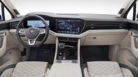 VW Touareg 2018 Interior 3