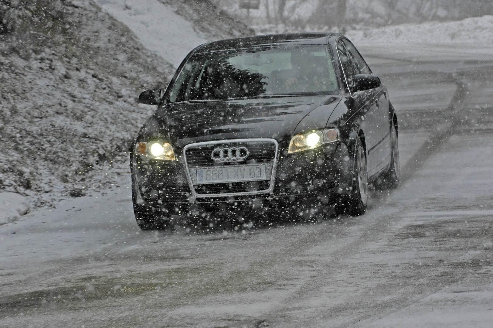 Audi A4 con neumáticos de invierno
